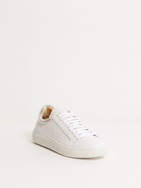 Kingsley Moroni B Sneakers white front view