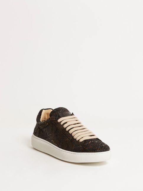 Kingsley Moroni B Sneakers boa iridium front view