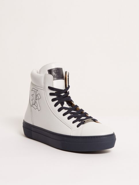 Kingsley Run Sneakers white front view