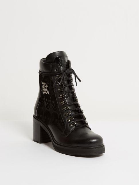 Kingsley Sandra short boots nature black, black skulls front view