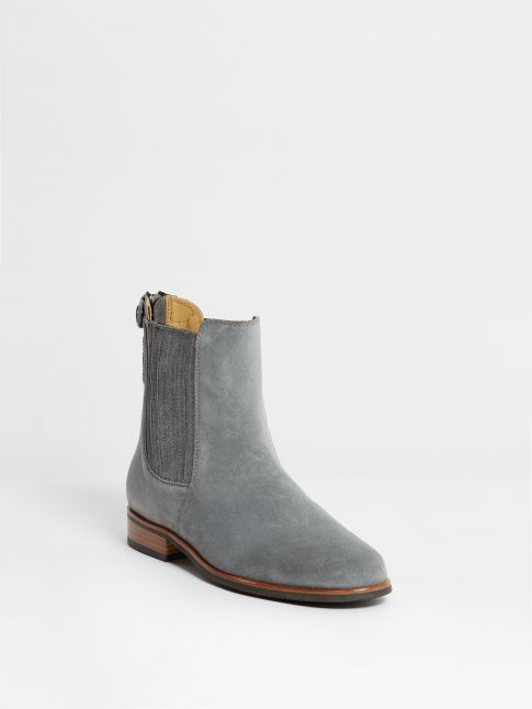 Kingsley Berlin Chelsea Boots sensory grey front view