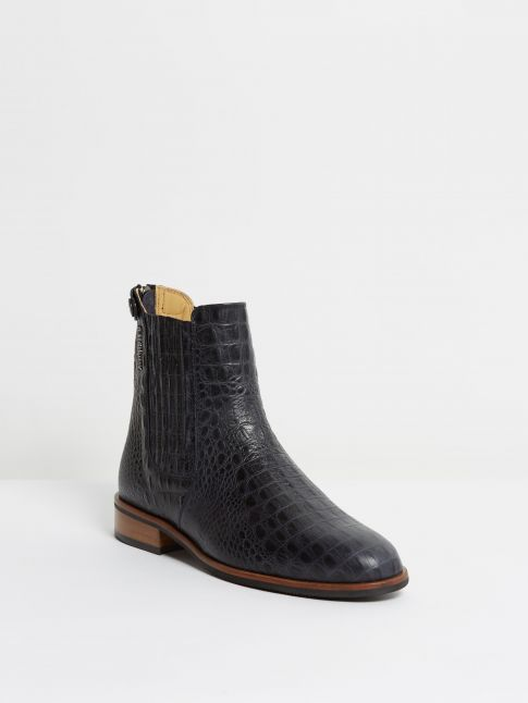 Kingsley Berlin Chelsea Boots alligator blue front view