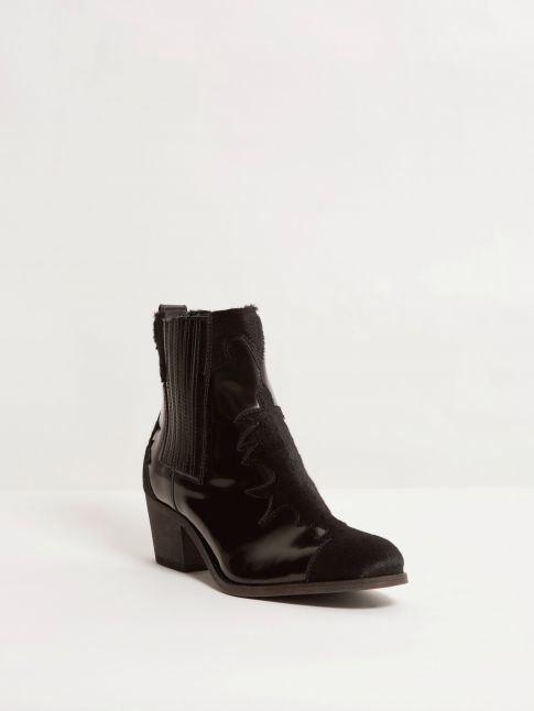Kingsley Lydia Short Boot Limited Edition uragano black, calfskin Front view