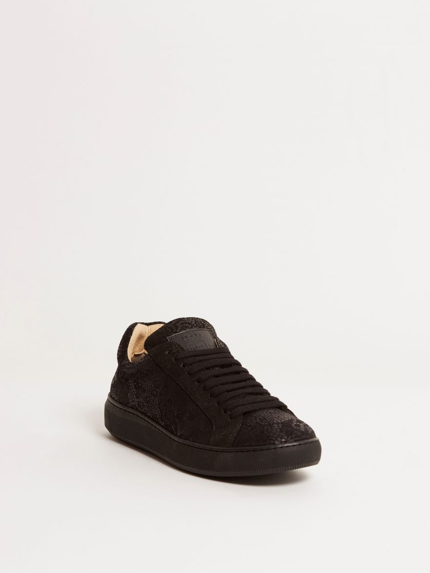 Kingsley Moroni B Sneakers camurca black front view