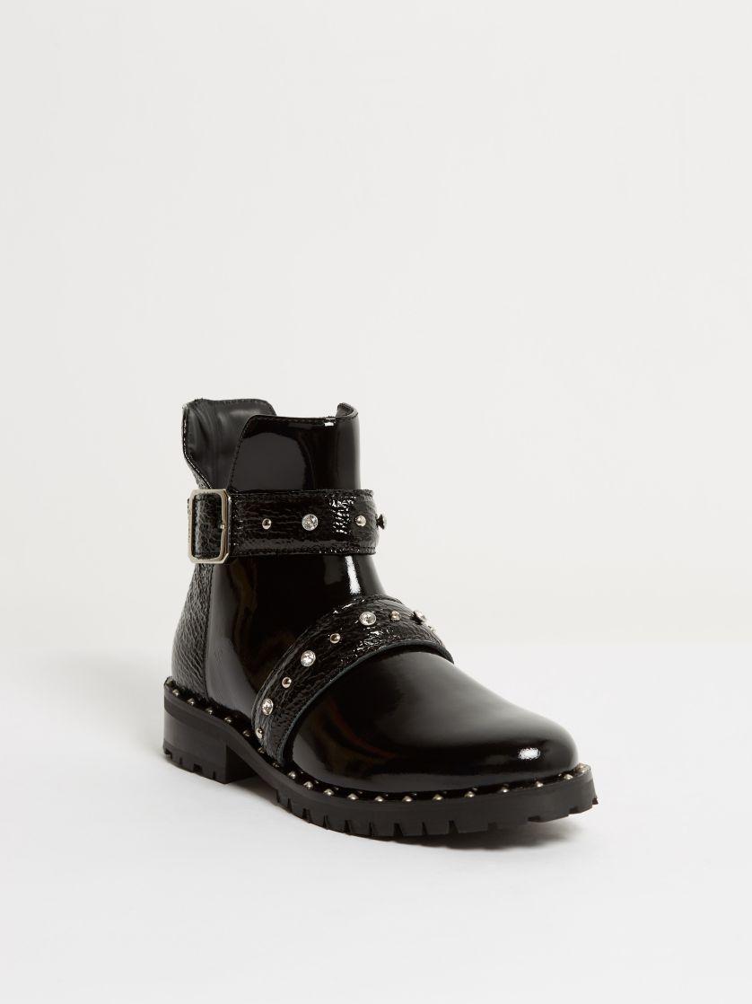 Kingsley Saffire Shoes verniz black front view