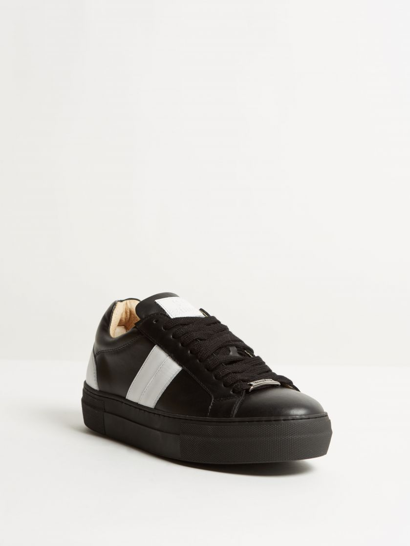 Kingsley Star Sneakers nature black, white front view