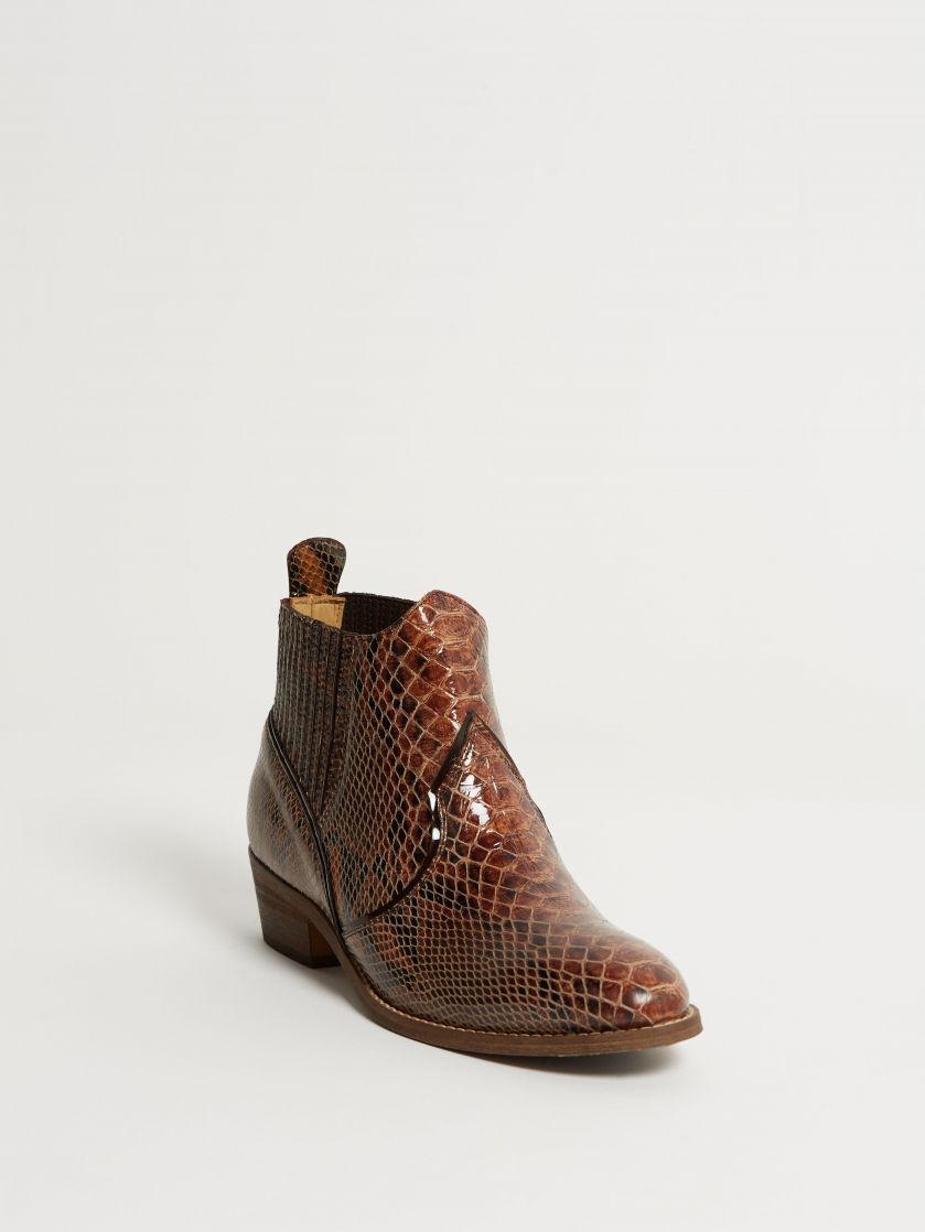Kingsley Claudia Short Boots python special brown front view