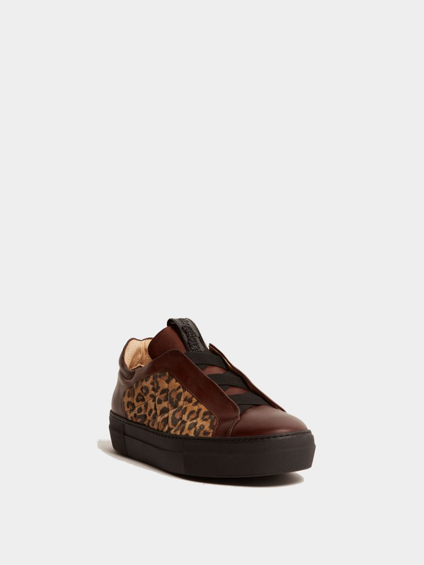Kingsley Cross Sneakers brown soft leather, jaguar front view