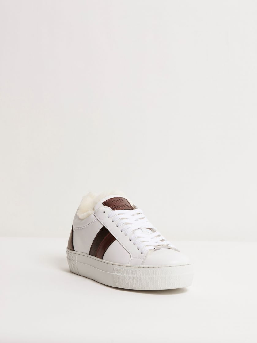 Kingsley Star Sneakers with Sheepskin white, oister, bordeaux front view