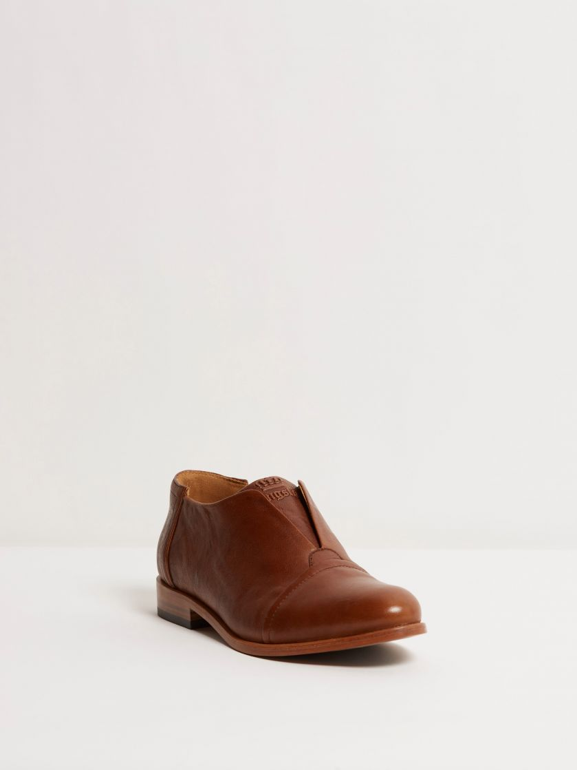 Kingsley Sintra Shoes Limited Edition wrinkle brown front view