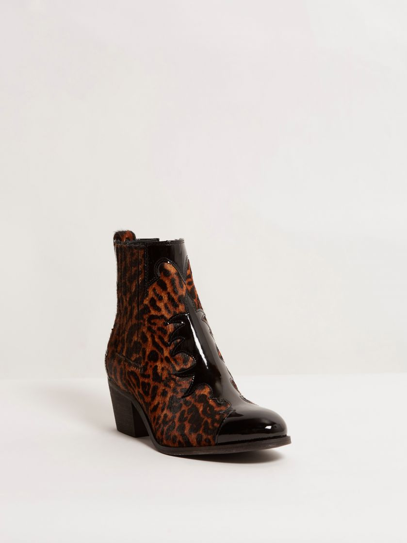 Kingsley Lydia Short Boot Limited Edition Patent black special jaguar print front view